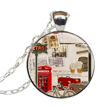 2017 New Trendy Travel Necklace Red Phone Booth Pendant Glass Art Jewelry Round Pendants Necklaces Link Chains