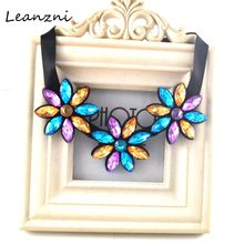 Leanzni New design collar necklace and pendant acrylic accessories wholesale fashion female flower necklace gift(China)