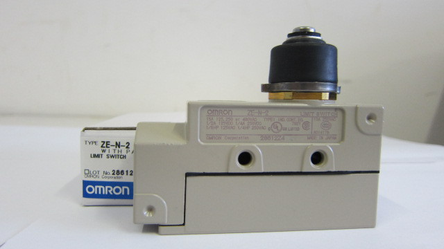 ZE-N-2   Micro Switch OMRON Limit Switch<br>