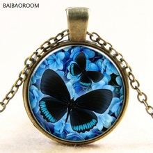 Blue nd lack butterflies glass pendant necklace of jewels in time Europe and the new foreign trade sale(China)