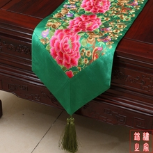 3 sizes Chinese Style embroidered Peony Luxury Green Table Runner Bed Flag with handmade charm tassel(China)