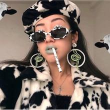 2a28c78888095 OKULARY Novo Trending Sexy Perolizado Frame Oval Óculos De Sol Mulheres  Moda Legal Tons Zebra Rosa Lente Clara Óculos UV400