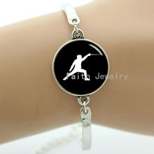 Elegant fencing movement bracelet, charm of swordsman, fencing team symbol, fashion sports style jewelry new selling -907