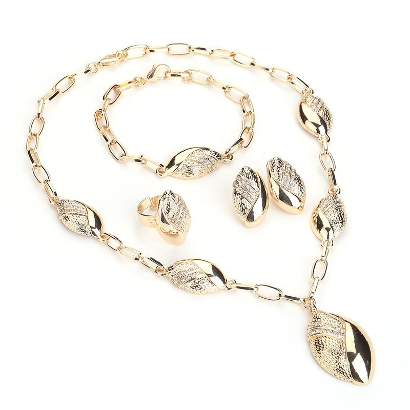 jewelry set (1)