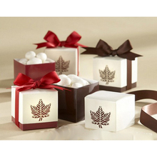10Pcs / set love maple leaf wedding car baby shower favorite gift candy box
