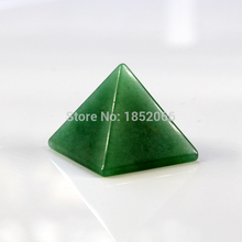 2017 Green Aventurine 30mm Pyramid pendants Fluorite quartz Natural Stone Carved Point Chakra Healing Reiki Crystal Freeshipping