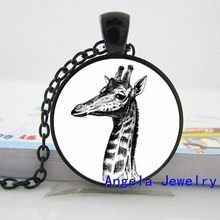 NS-00571 New Fashion Giraffe Pendant Necklace Long Neck Animal Jewelry Glass Photo Pendant Necklace HZ1