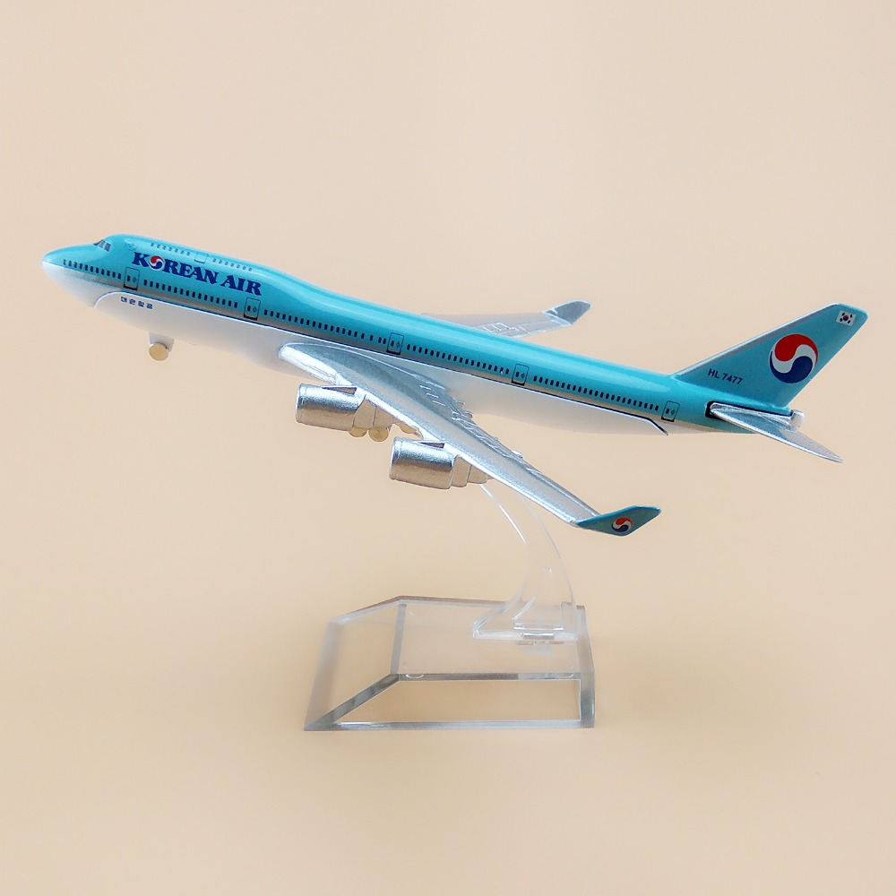 16cm Metal Korean Air Airlines Boeing 747 B747 400 Airways Plane Model Aircraft Airplane Model w Wheels Stand Aircraft(China (Mainland))