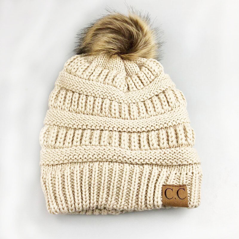 Pompón sombreros de invierno para mujeres CC Logo Cálido punto Skullies  Plus terciopelo gorros de esquí al aire libre casquillo Mens Bonnet ...