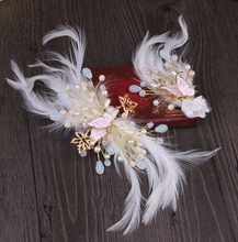 Korean sweet bride barrettes feathers butterfly hairclip  wedding dress accessories wholesale