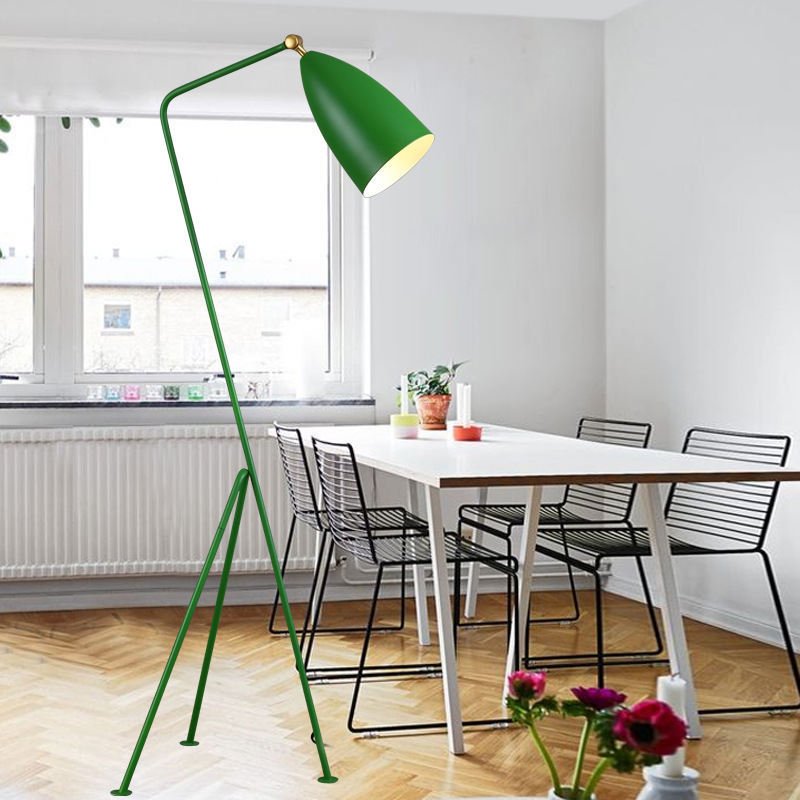 Simple Modern Northern Europe Style Living Room Study Iron Tripod Floor Lamp Industrial Retro Trident Reading Lights