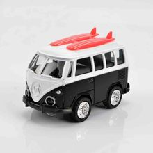 The new 2016 alloy light back to the car model mini bus children toy car Q version of the beetle 1:36