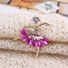 Korean Jewelry Wholesale Cute Ballet Girl Brooches CZ Diamond Brooch Pins For Woman Luxurious Paragraph Fashion Wholesale&Retail