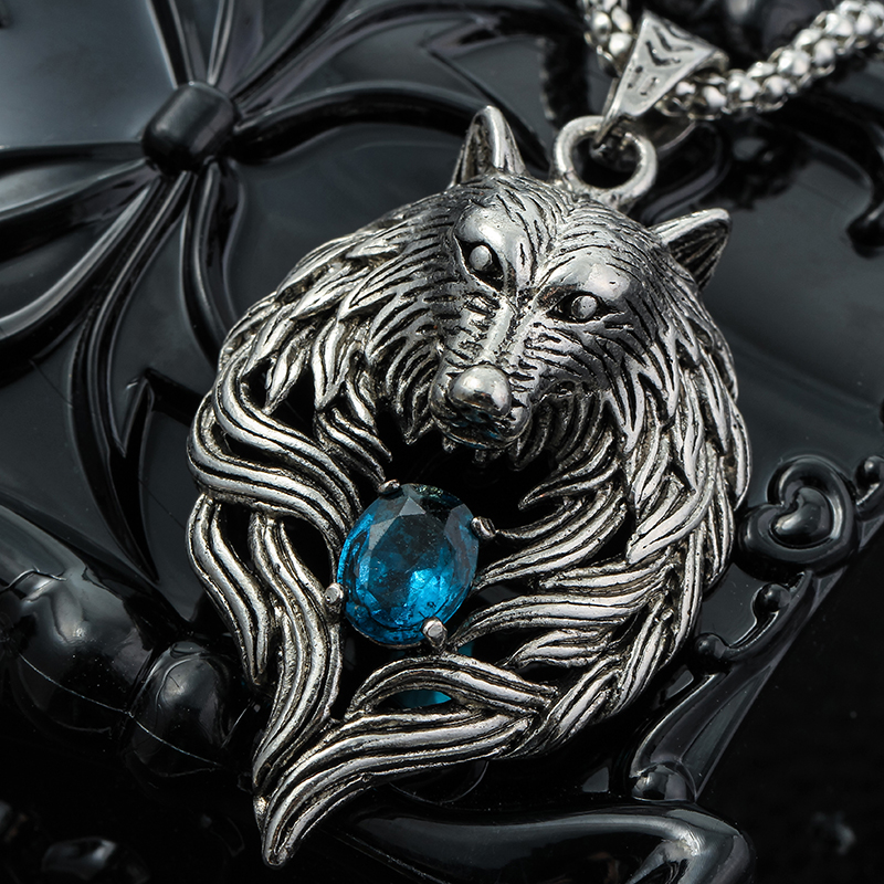 Collar-lobo-piedra