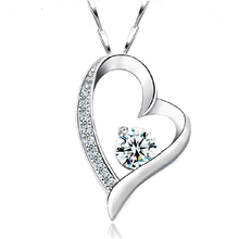 Summer Style Women Heart Crystal Pendant Necklace Silver Plated Chain Strass Necklace Wedding Bridal Jewelry For Lover Gift