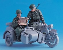 1/35 WW2 German motorcycle driver see map 2 people (not including motorcycles) WWII Resin Model Kit figure Free Shipping(China)