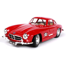 1:24 diecast Car 1954 300SL Gullwing Coupe Red Classic Cars 1:24 Alloy Car Metal Vehicle Collectible Models toys For Gift