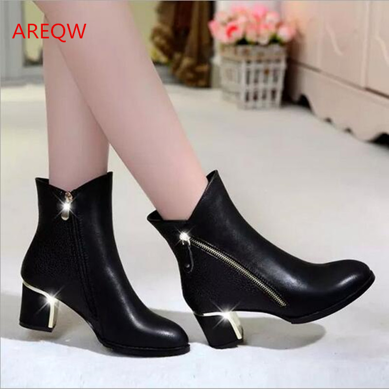 2017 new winter with Martin boots to keep warm in lower tube short boots pointed boots b2<br><br>Aliexpress
