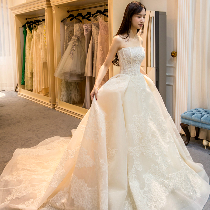 0.8M Court Train Wedding Dress 2017 Cheap Celebrity Strapless Vintage Tulle Bridal Ball Gown Organza Lace bridal dresses B-8657(China (Mainland))