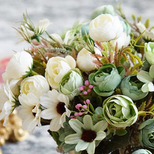 Silk flower wedding bouquet Daisy & Camellia Bud Bouquet Artificial flowers fall vivid bridal bouquets wedding Decorations(China)