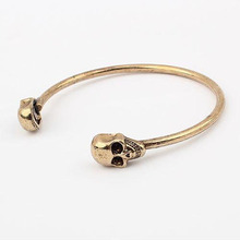 2017 New Fashion Bangles Style Vintage Personality Women Jewelry Circlets Punk Double Skull Head Bracelet Gift Girl Classic 6B29(China)