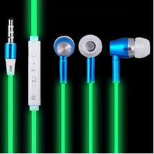 2017 Luminous Headphones Glow Earphone Night Light Glowing Headset Earphones Bass Stereo Sport Headphone for iphone Xiaomi Sony