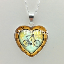 Vintage Bicycle Heart Necklace Vintage Bike Jewelry Penny Farthing High Wheel Bicycle Silver Heart Shaped Necklaces HZ3