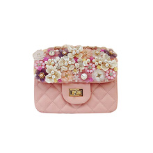 2017 Pink Diamond Lattice Women Bag Flower Shell Shoulder Bag Pearl Gem Luxury Female messenger Bag Design Manual PU Leather(China)