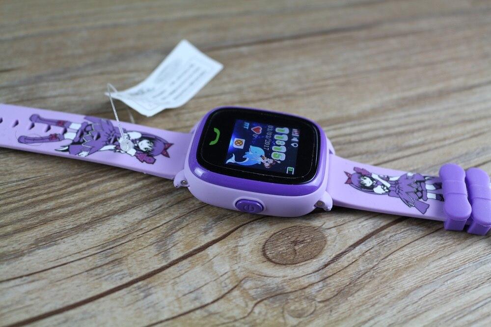 Если вы не хотите, чтобы ребенок ходил в школу с мобильным телефоном, то часы это отличная альтернатива им, способная на те же функции, что и телефон, но при этом их удобно носить и они не отвлекают от учебы.