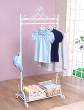 European pastoral, wrought iron clothes tree Floor type clothes rack Creative non-slip hanger Clothing display shelf
