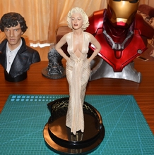 Estartek 1/4 Sexy Modern Times Goddess  Marilyn Monroe Collection Statue for fans collection and holiday gift