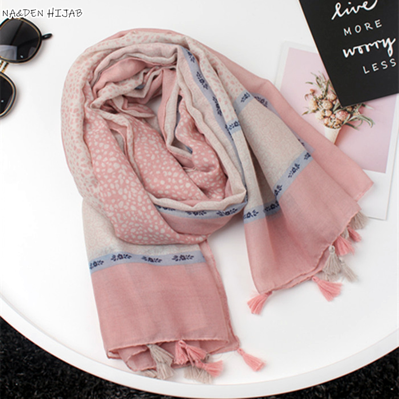 2019 NEW fashion summer women scarves stone dot Print Tassels Cotton viscose muslin hijab scarf islamic headscarf soft wrap