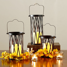 Metal Candle Holder Stands Lantern Chandelier Decorative Candle Lanterns Decorative Cage Znicz European Candlestick DDX267