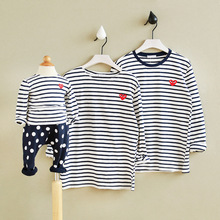 2017 new design family clothing Spring Autumn long sleeve love Stripe father daughter girl boy T-shirt family matching clothes