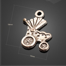 Factory Price 20 Pieces/Lot 19mm*12mm Antique Silver Plated metal charm baby car charm baby carriage charm For Jewelry Making