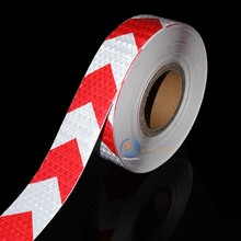Wholesale 5x300cm Aveolate arrow Reflective Tape Sticker Safe Warning sign for construction road symbol Crash Guard etc