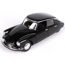 Maisto Bburago 1:32 Citroen DS19 The old car Diecast Model Car Toy New In Box Free Shipping Vintage car 43204(China)