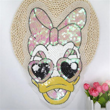 Patch deal with it sequins Donald Duck Daisy design fashion clothes women motif embroidery patches for clothing free shipping