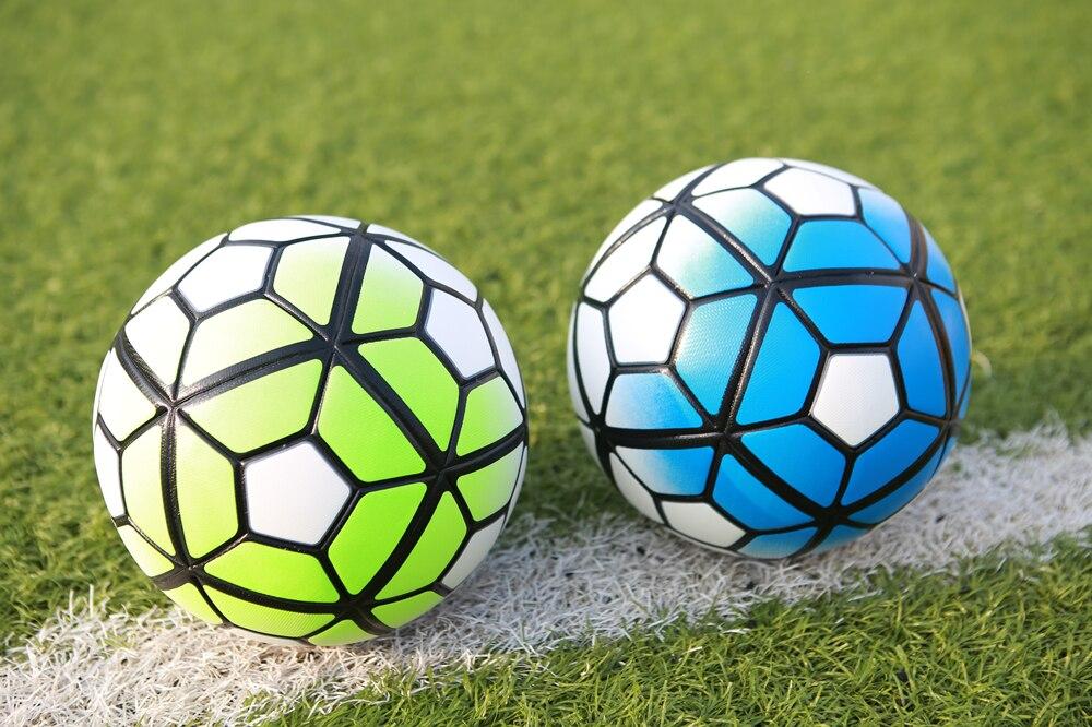 كرة قدك حجم 4 و حجم 5 11