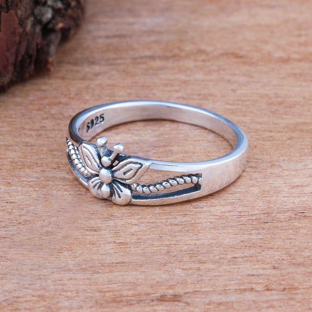 خاتم فضة بفراشة صغيرة 3