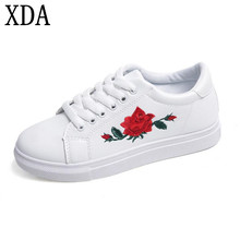 XDA 2017 New designer shoes woman fashion rose flower embroider creepers black/white leather flat shoes free shipping X618