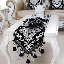 Luxury Europe Runner silver plating Bead tassels Beauty Table Bed Home Room Dec runner Mat mat wholesale FG331(China)