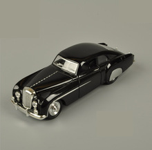 1:28 Retro 1955 Bentley Chemu Car Model Alloy Pull Back Flashing Classic Vintage Collective Car Toy