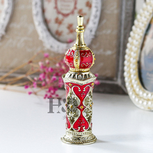 H&D Red Handmade Vintage Heart Design Empty Perfume Bottle 13 ML Glass Cosmetic Container Wedding Decoration Perfume Bottle