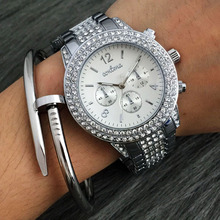 New 2017 Fashion Casual Clock Silver Bracelet Watch Women Rhinestone Watches Women's Elegant Quartz Wrist Watch Relogio Feminino(China)