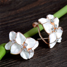 LUCKY YEAR Nice Shipping Women's New Gold Color Enamel Austrian Crystal Flower Bijoux Stud Earrings For Wedding