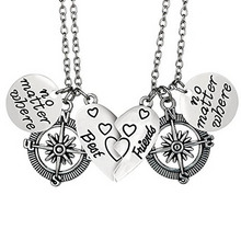 "2pcs/set ""no matter where"" ""best friend"" Hollow Compass Heart Pendant Necklace Special Gift For Friends Jewelry"