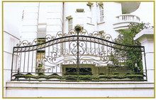 Henchuang customs wrought iron gate forged iron gates villa wrought iron gates steel metal iron gate