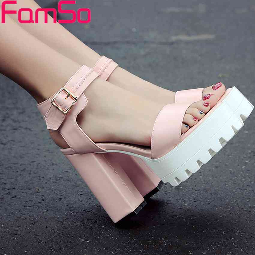 Plus Size34-43 2017 Shoes Women Sandals Black Platforms Pumps Shoes  High Thick Heels Party Shoes Retro Womens Sandals PS2496<br><br>Aliexpress