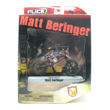 "2016 Flick Trix Bmx Finger Bike ""Matt Beringer"" Cycle Star Vehicle Alloy model bicycle display set Mini toy for boy"